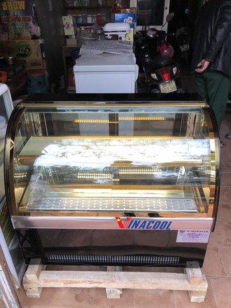 Tủ trưng bày bánh kem ,bánh sinh nhật, bánh ngọt, bánh bông lan
