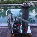 Máy vệ sinh di động hồ bơi