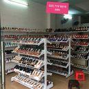 kệ trưng bày giày dép cho shop