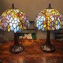 Đôi đèn bàn tiffany hoạ tiết hoa đậu tía