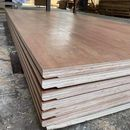 gỗ dán ván sàn container