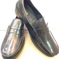 các đôi giày thể thao của nữ giá rẻ, hàng bao chính hãng, giá hợp ví