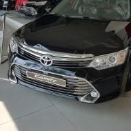 Cần cho thuê xe Toyota Camry phục vụ xe cưới hỏi, xe hội nghị, xe đón tiễn sân bay.