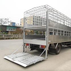 Hyundai HD700 Đồng Vàng tải 7,5 tấn, thùng bạt, thùng kín, chở lợn, tải ben, gắn cẩu, chở kính.