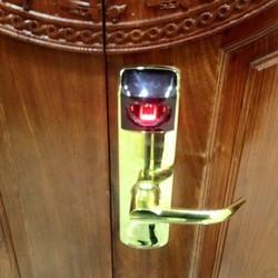 Cung cấp lắp đặt khóa cửa vân tay cho biệt thự và căn hộ cao cấp
