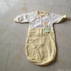 Quần áo cho các bé từ sơ sinh đến 5 tuổi Đã dùng 1 lần, còn rất mới gía rẻ